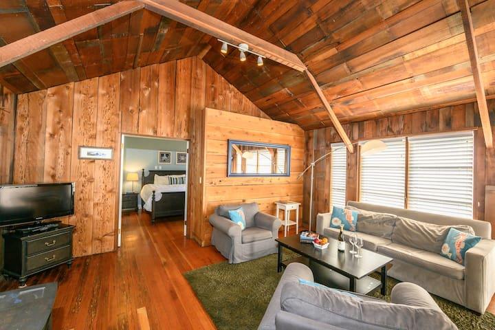 Ledford 2 Bedroom Cottage ❤️ Dog