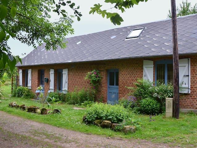 Sfeervol huis Franse Ardennen - Aubenton - Rumah