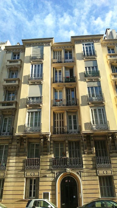 "this is the ""immeuble bourgeois"" 47 rue de la Buffa"