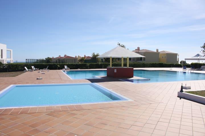 Grand 2 pièces au cœur de l'Algarve - Porches - Byt