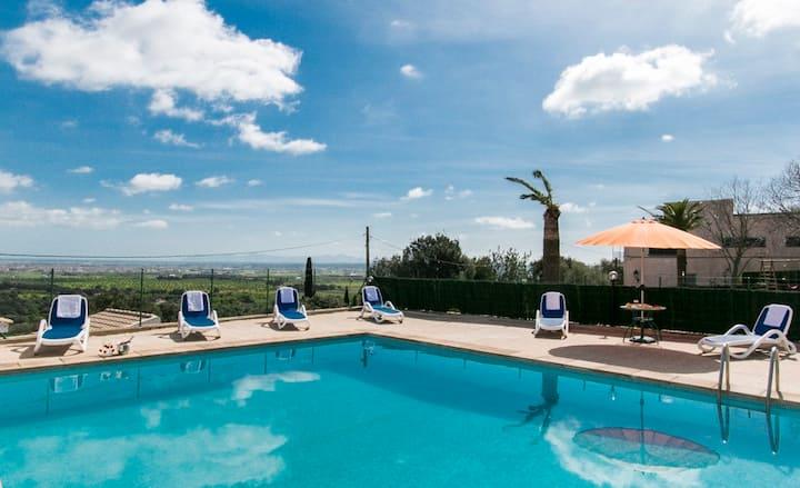 Amazing town house for 6 people with gorgeous pool