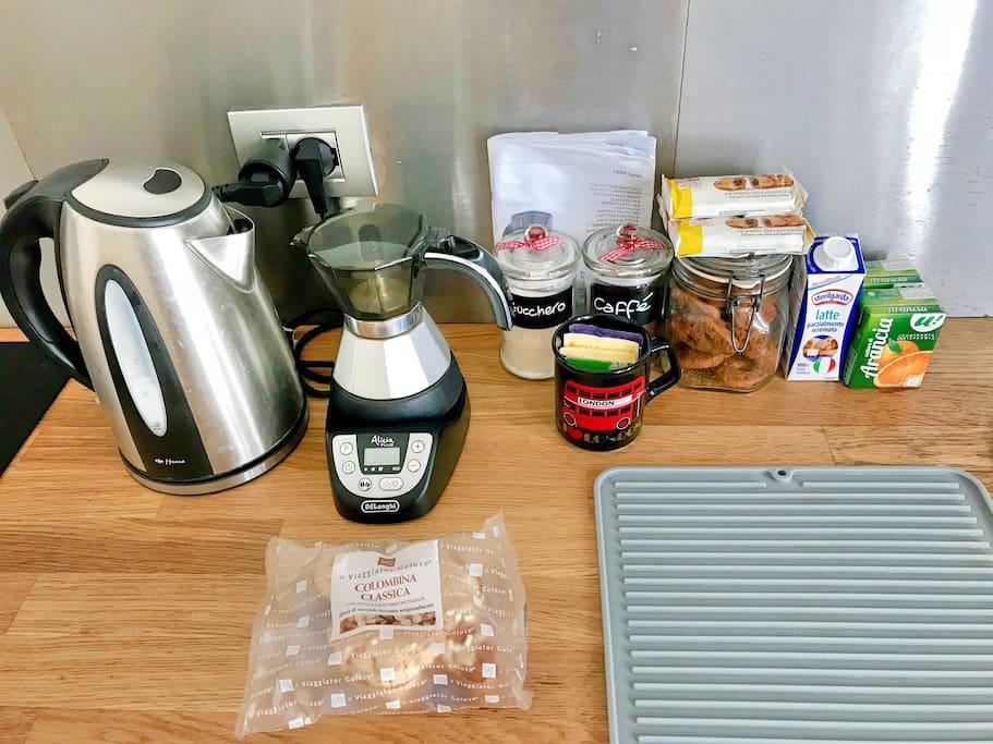 The breakfast corner! / L'angolo colazione!