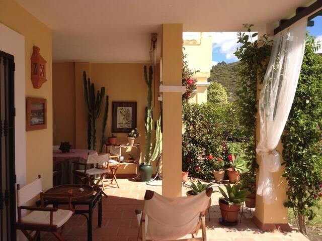 Acogedor apartamento en Marbella - Marbella - Huoneisto
