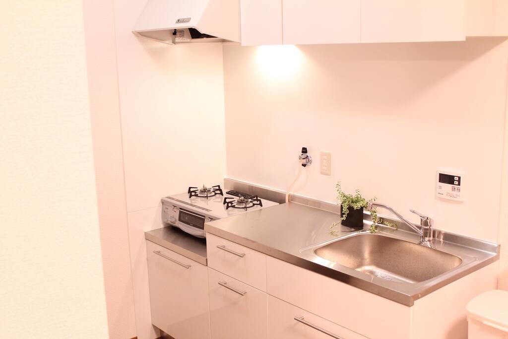 kitchen(Common Space) 調理器具、食器、調味料揃ってます!