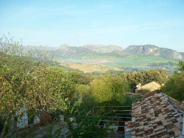 Idyllic rural getaway for romance/work/hiking - ronda - Hus