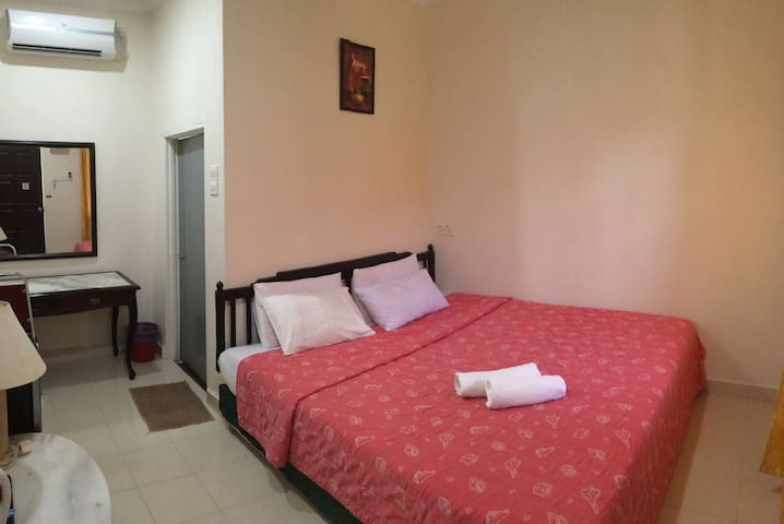 Cosy Double Room By Mangrove Coast