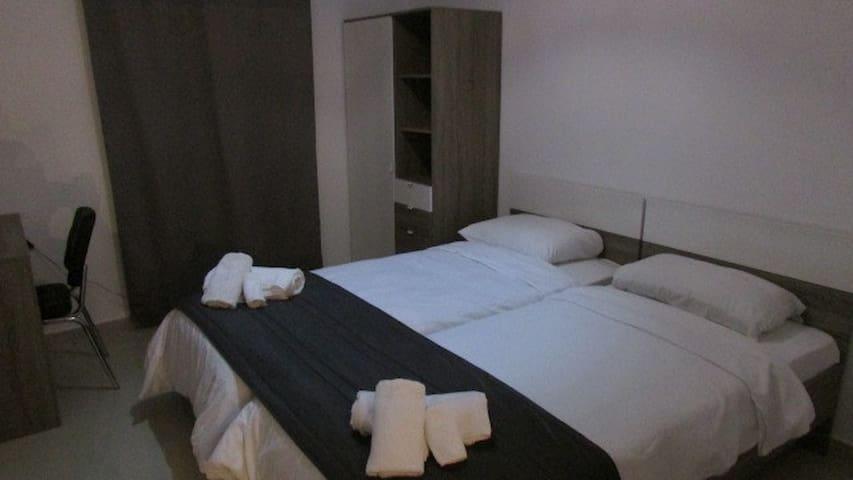 Bedroom 2: Twin/Double - Viscolatex mattresses for a comfortable night's sleep