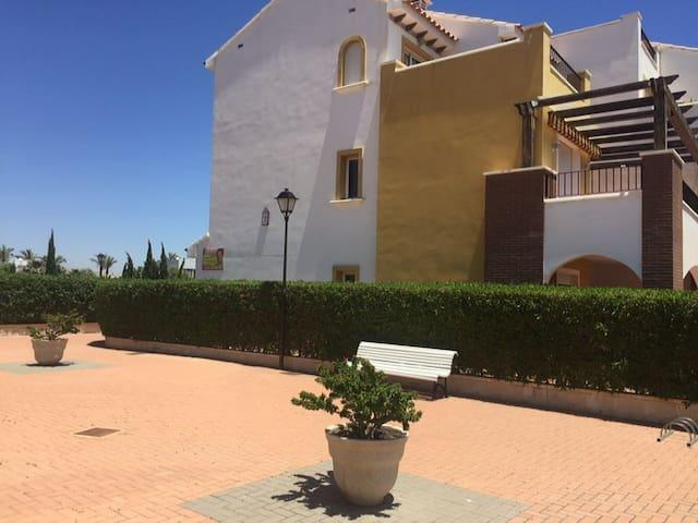 Bajo con jardin en urb Mirador de Vera - Vera - Apartment