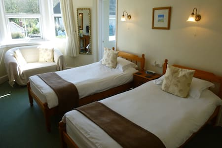 Light & spacious twin - Veryan - Bed & Breakfast