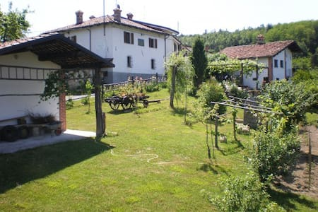Bed and breakfast Langhe - Sale delle Langhe - Bed & Breakfast
