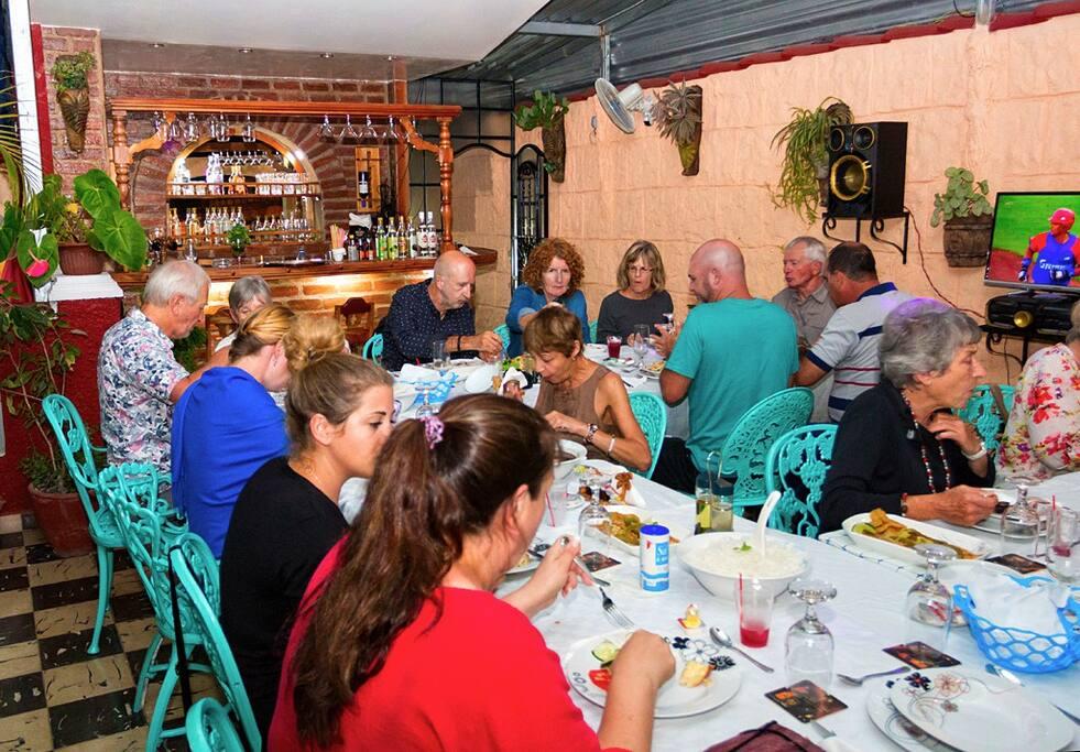 Bar, Restaurant,Terraza.