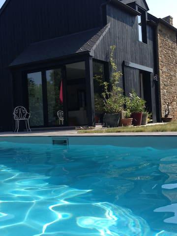 Maison de charme avec piscine proche Dinard - Le Minihic-sur-Rance - Casa