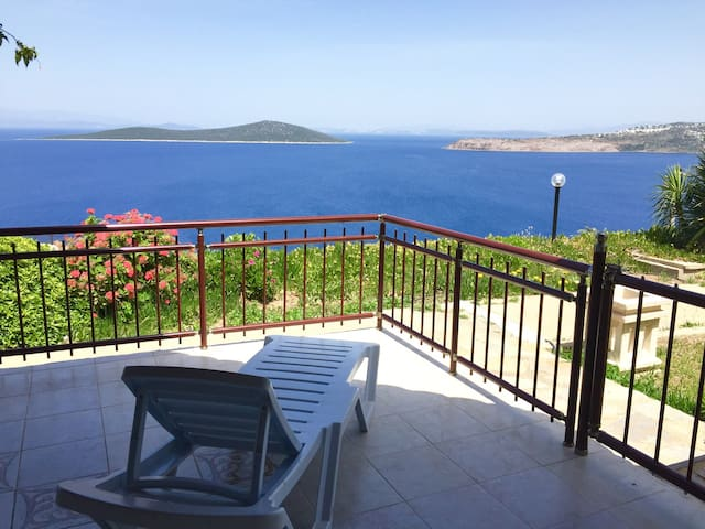 Breathtaking sea view, 2 bedr. apartment in Bodrum - Bodrum - Lägenhet