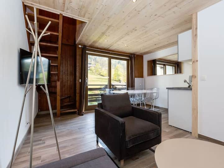 Duplex in the heart of Megeve with Balcony! #R303