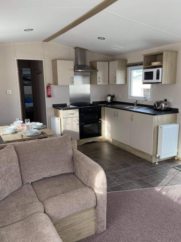 Entire Chalet at Lizard Point Cornwall 8 Sleeps