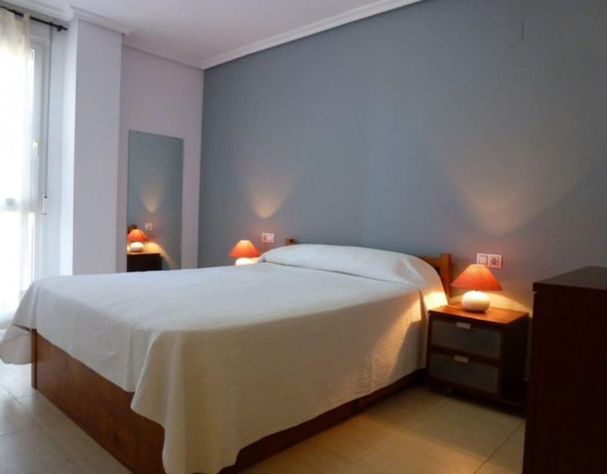 dormitorio cama 1,5 x 2