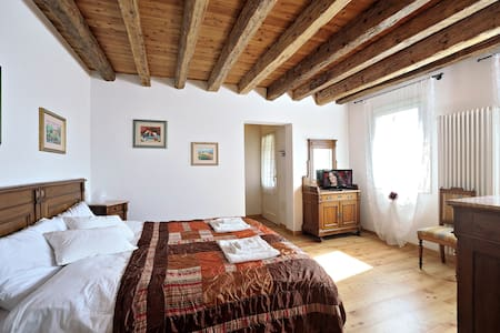 SUITE IN COUNTRY HOUSE - vascon di carbonera - 住宿加早餐