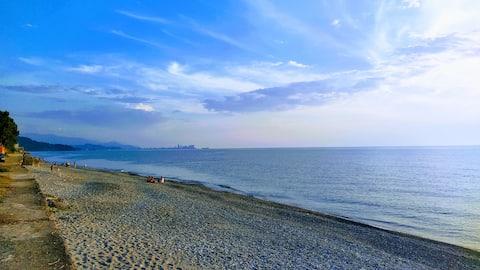 Дом на берегу моря у грека Павла
