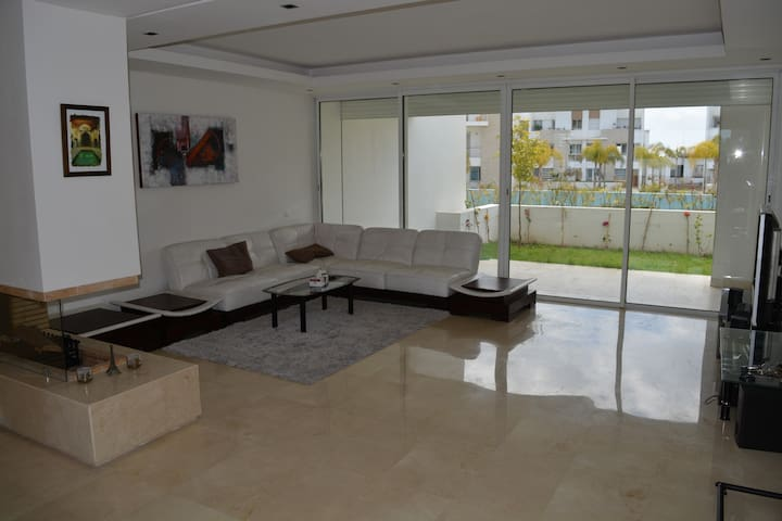 Appartment CasaGreenTown Golf - Bouskoura - Apartamento