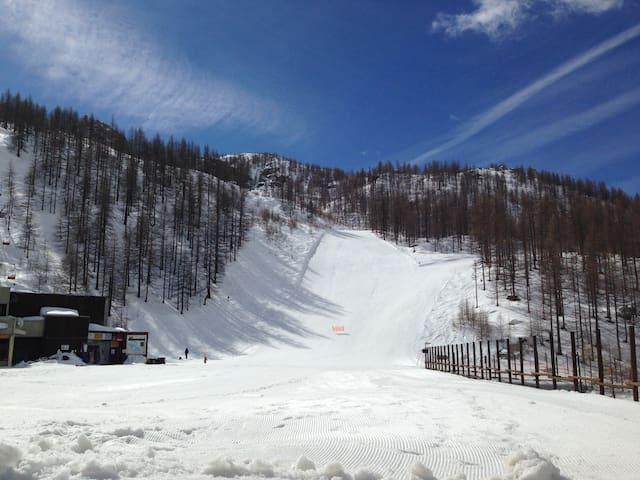 Direct on the ski slope