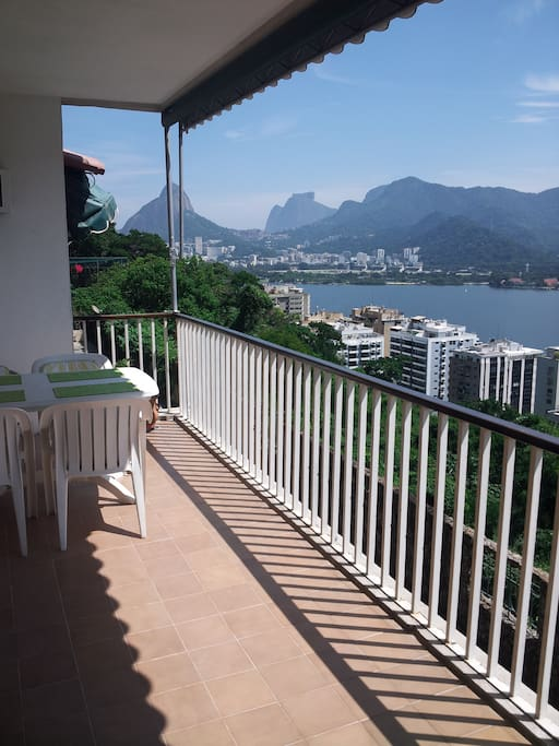 Terrace w/postal card view of Lagoa and Corcovado.