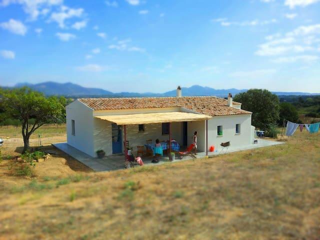 tradizionale casa di campagna - Putzolu - House