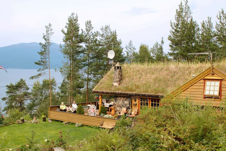 12 person holiday home in Kysnesstrand
