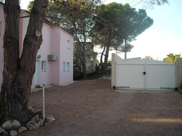 Villa N° 1 Deux Chambres,( 4 pers ) - Гизоначча - Вилла