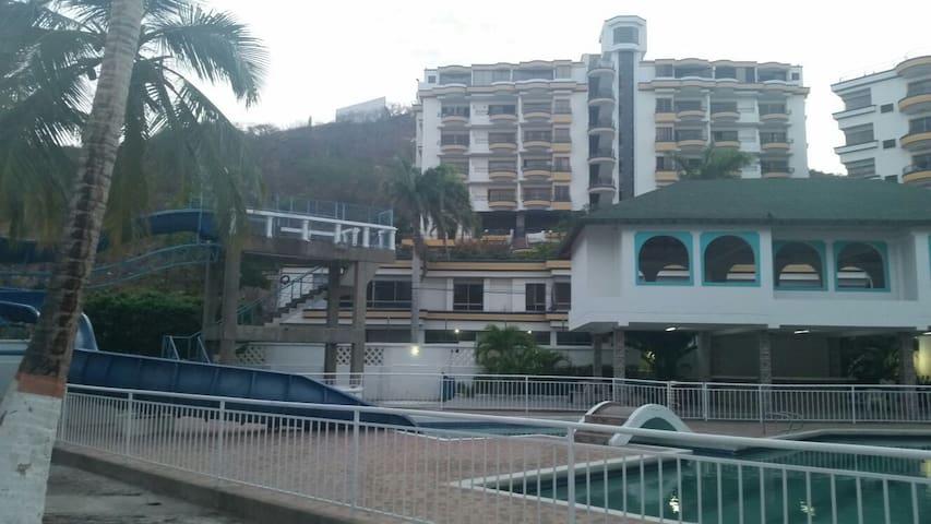 Apartment Rodadero close to beach - Santa Marta - Apartament