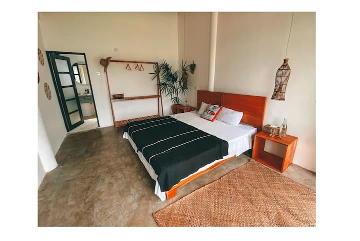 Illusion Cove B&B - Sea View Cabana Room I