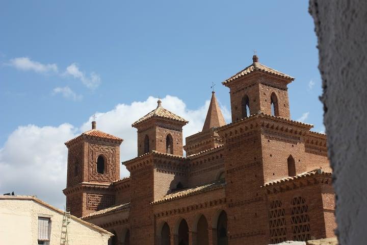 Hab. de 14 metros con vistas iglesia mudejar