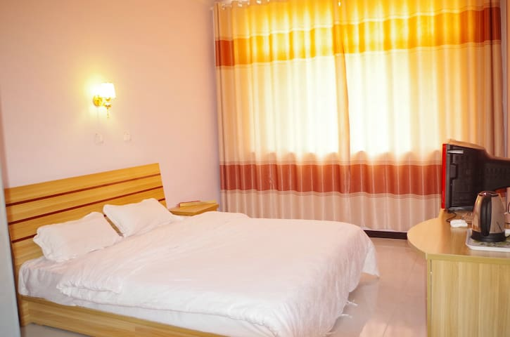 Kings Size double bedroom - Chengde - Gästehaus
