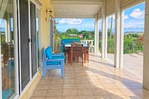 Panoramic Views, Airy, Indoor/Outdoor living, Pool