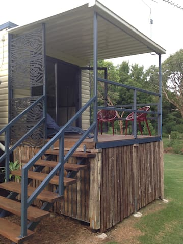 Walkers Creek Rainforest Cabin - Maleny - Cabin