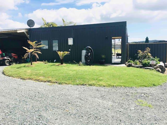 Raio Lodge, Modern & New, S/C, sleeps 2-6, views