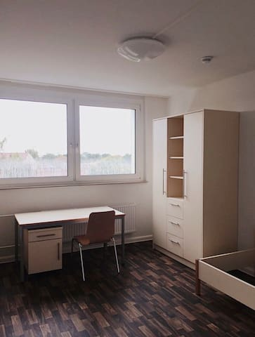 Room in dormitory Leipzig only for students