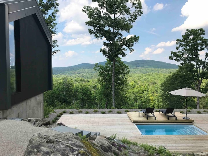 Architectural Gem in the Eastern Townships