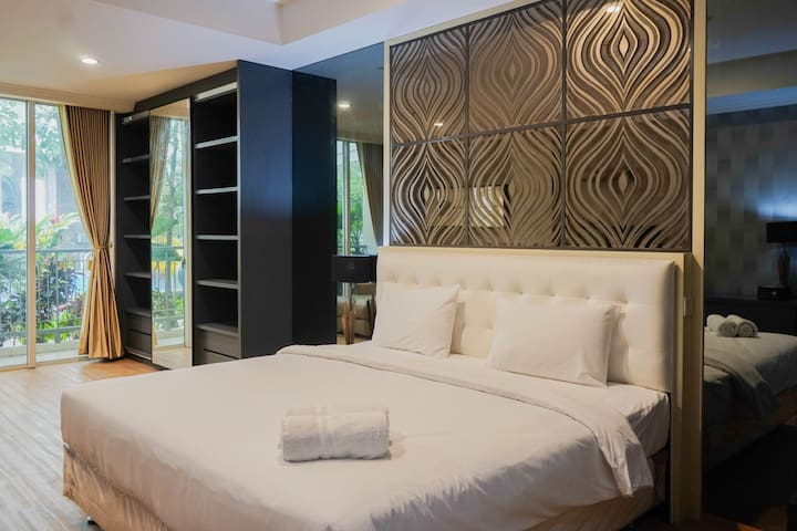 Spacious Studio with Sofa Bed @ Ancol Mansion Apt