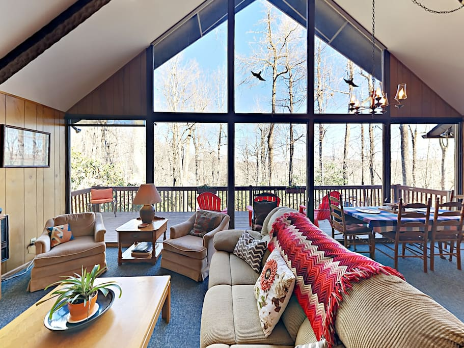 Lie back on one of many comfy couches or armchairs and take in the forest views through the floor-to-ceiling windows.