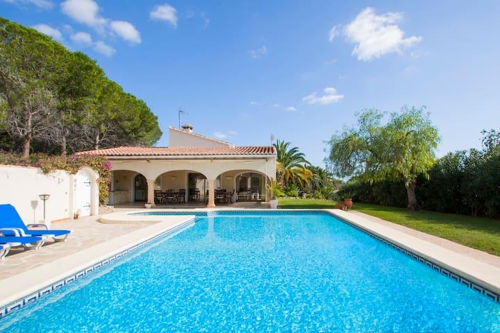 Graham Holiday Rentals - Villa Montgo