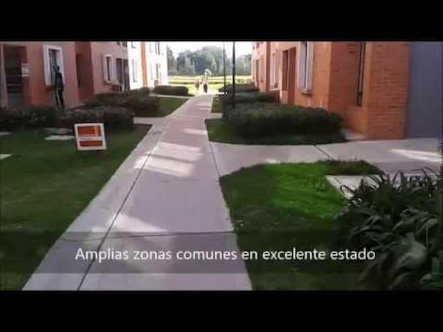 Full Apartamento Amoblado Madelena - Bogota - Madelena  - Leilighet