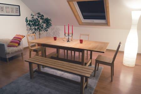 Doppelbett Zimmer in Ruhiger Lage - Büchenbeuren - Pis