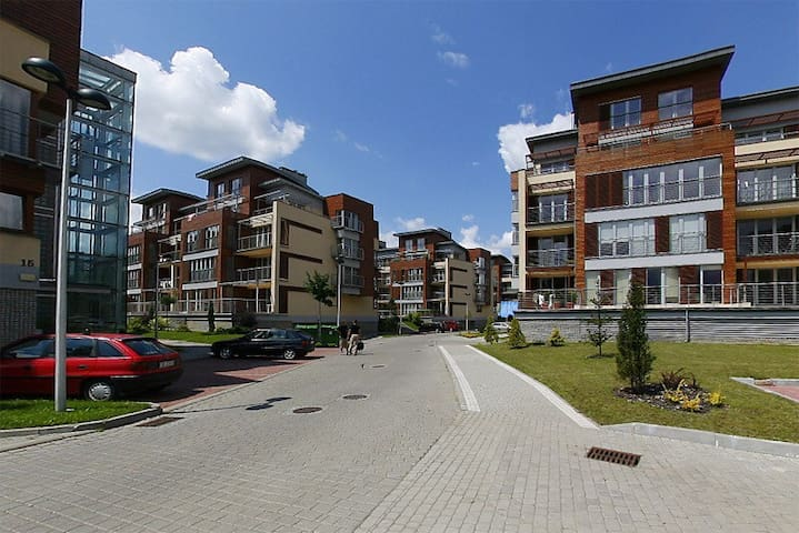 SPACIOUS APARTMENT IN USTROŃ BESKIDY - Ustroń - Lejlighed