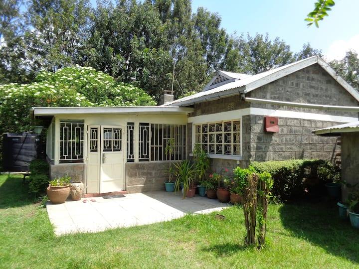 Quiet Private Cottage Set in 5 acres