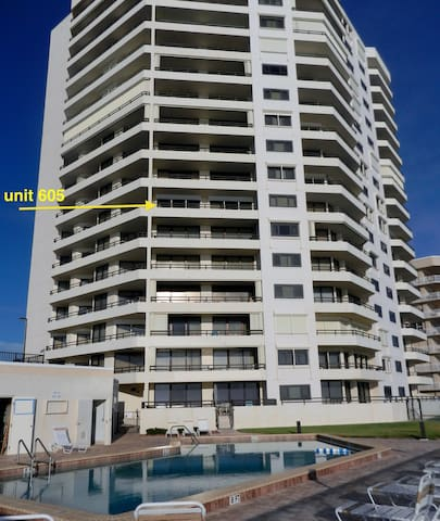 Breathtaking Oceanfront Condo - Daytona Beach Shores - Appartement