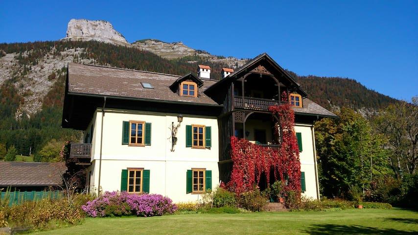 VILLAVEGH, direkt am Altausseer See - Altaussee - Villa