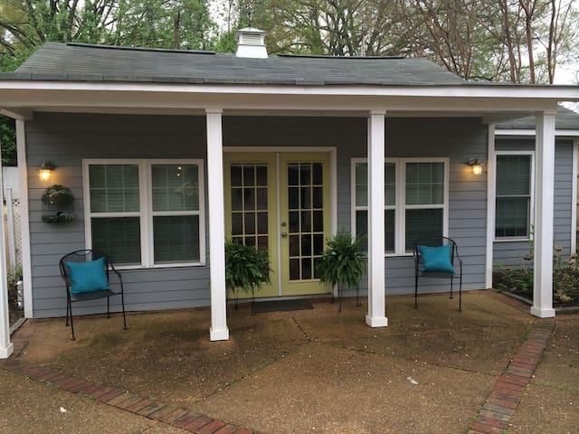 Guest Cottage near Midtown Memphis - Memphis - Huis