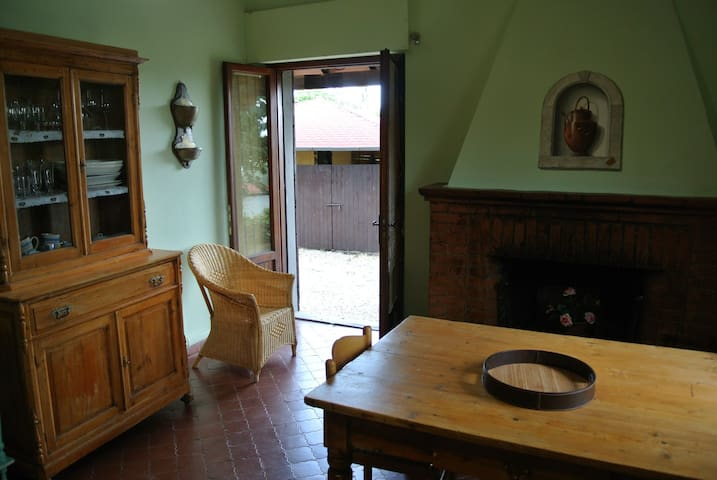 A quiet nest in the Chiana Valley - Lucignano - Apartemen