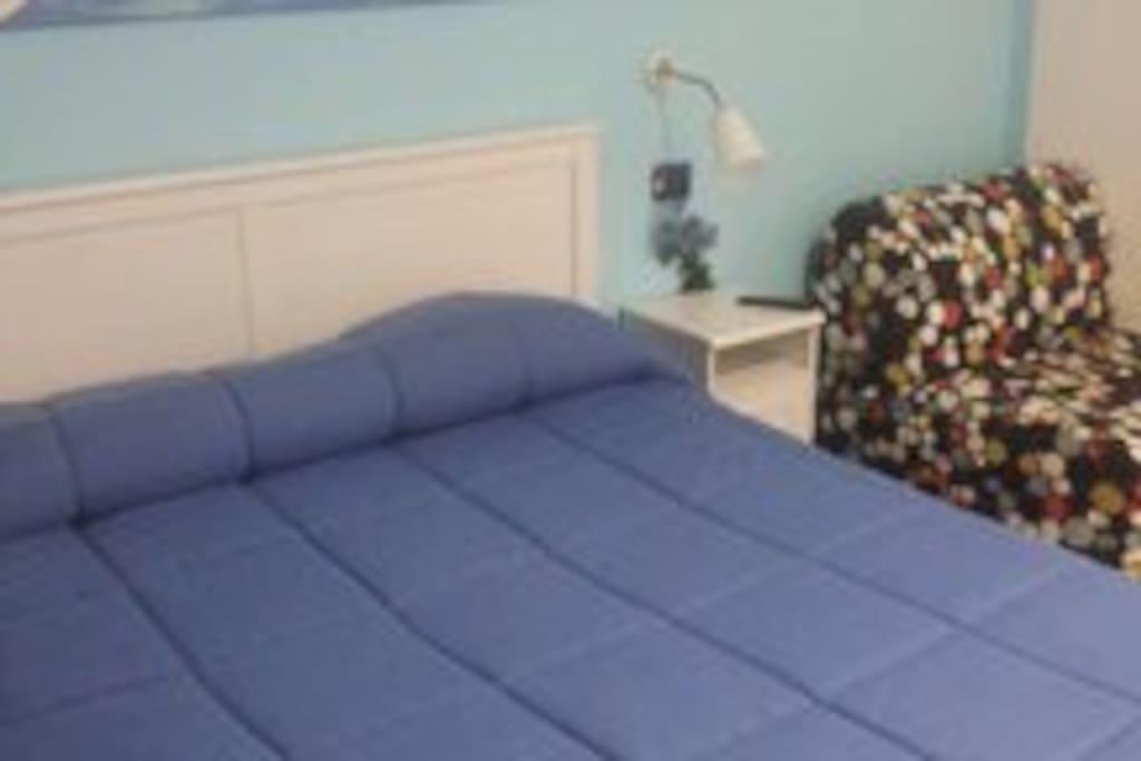 camera capri blu