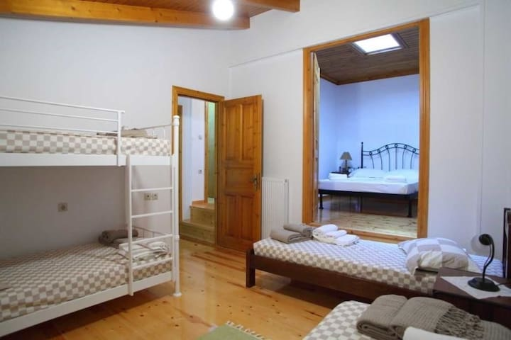 Villa Menelia -Traditional stone house renovated in the heart of the island - Lefkada - House